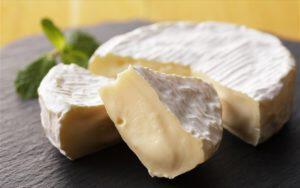 Καμαμπέρ (Camembert)
