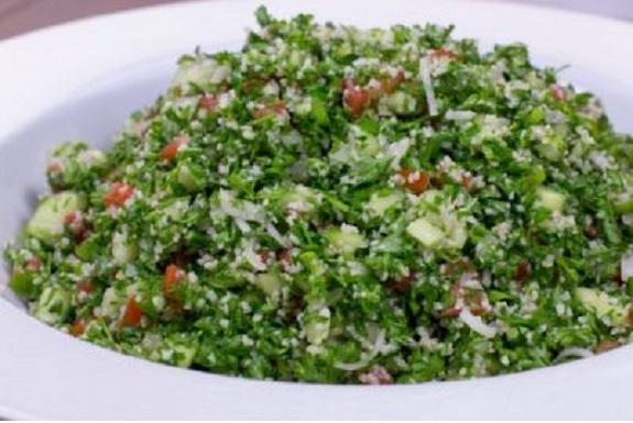 Το Tabbouleh είναι ένα πιάτο από τον Λίβανο