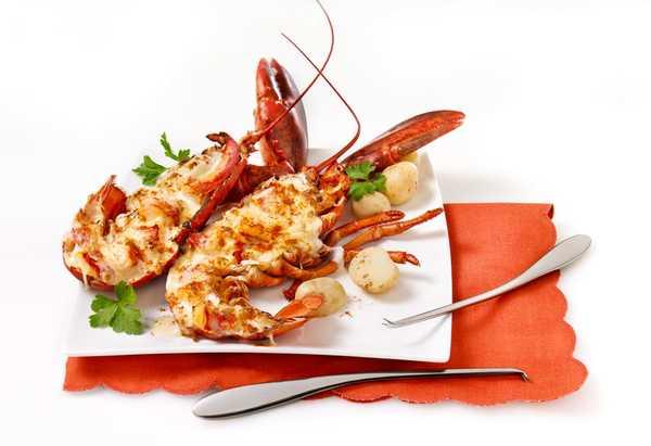Αστακός Θερμιντόρ (lobster Thermidor)