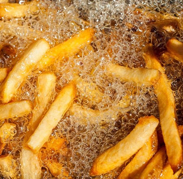 Μέθοδος τηγανίσματος deep frying (βαθύ τηγάνισμα)