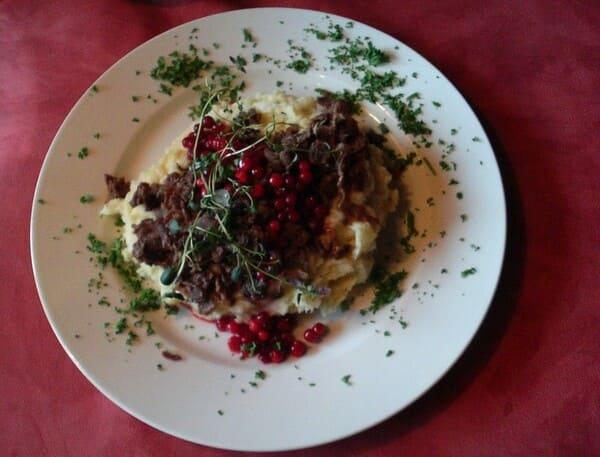 Poronkäristys το εθνικό πιάτο της Φινλανδίας